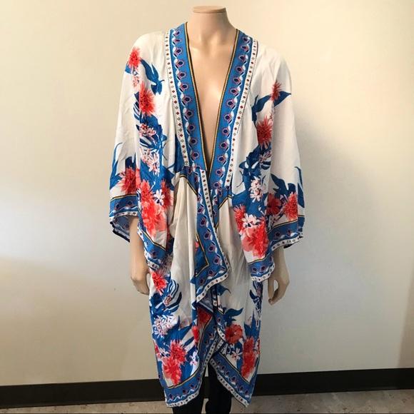 903055aa446 Flying Tomato Size M L Kimono White Floral Open